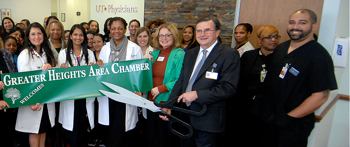 UT Physicians at The Heights ribbon-cutting ceremony