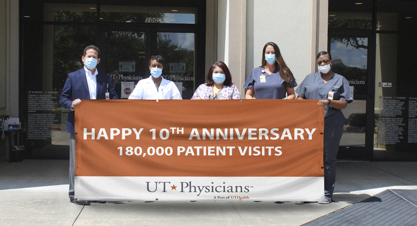 Team gathering to celebrate the 10th anniversary of the Sienna multispecialty clinic.