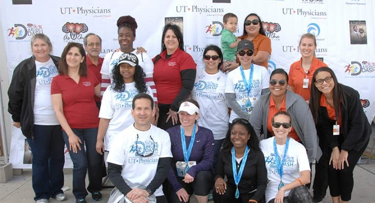 Team UT Physicians at the 2017 Darling Dash 5K event.