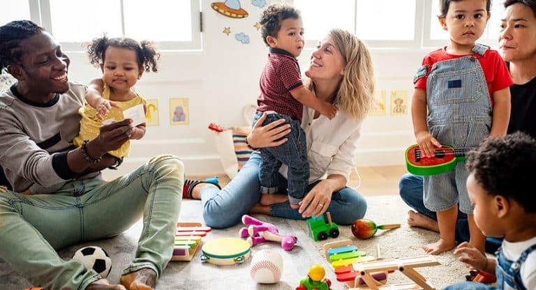 diverse-children-playing