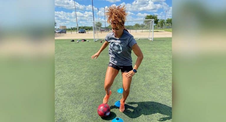 severe concussion sidelines soccer player