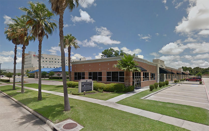 UT Physicians Cardiothoracic & Vascular Surgery – Webster  Clinic in Houston, Texas 1057